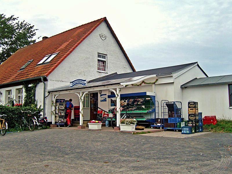 Die Einkaufsquelle Schaulbarg in Neuendorf auf Hiddensee
