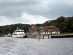Abfahrt vom Hafen Kloster