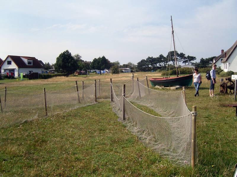 Modellreuse vor dem Fischereimuseum Neuendorf