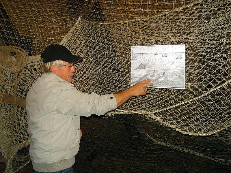 Schleppnetz Erklärung im Neuendorfer Fischereimuseum Neuendorf