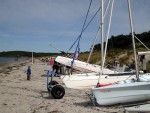 Katamaran am Strand von Hiddensee